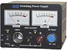 MFJ-4225MV Switching power supply 13.8V 25A, meters