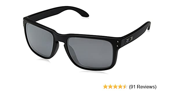 10008e2bc63 Amazon.com  Oakley Holbrook Sunglasses  Clothing