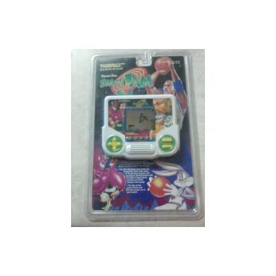 Tiger Electronics Lcd Game Space Jam: Toys & Games