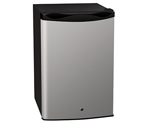 Summerset Outdoor Refrigerator, 4.6 Cubic Feet (Summerset Refrigerator compare prices)
