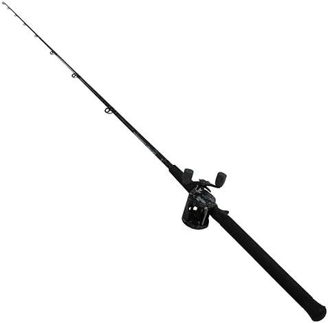 Amazon Com Abu Garcia Catfish Commando Fishing Rod And Reel Combo 7 Feet Medium Heavy Power Black Sports Outdoors