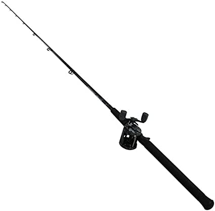 Amazon Com Abu Garcia Catfish Commando Fishing Rod And Reel Combo 7 Feet Medium Heavy Power Sports Outdoors