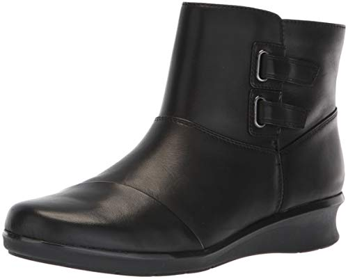 CLARKS Women's Hope Cody Fashion Boot Black Leather
