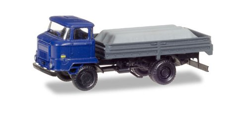 HERPA 307628 Ifa 60 Pick-up Truck with Load Under The Canvas Model Set