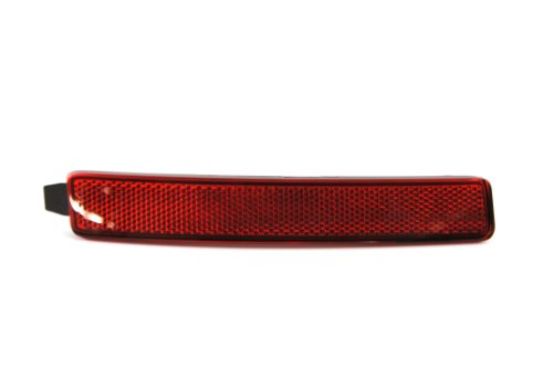 Genuine GM Parts 25881882 Passenger Side Rear Reflector