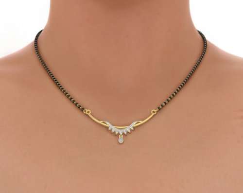Or jaune 18 K 0.17 CT TW White-diamond (IJ | SI) Mangalsutra