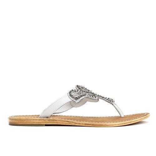 ALESYA by Scarpe&Scarpe - Sandalias bajas modelo chancla con decoraciones de estrás, de Piel Blanco