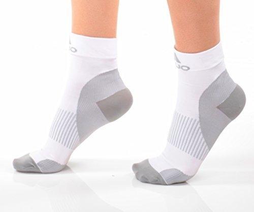 Mojo Compression Plantar Fasciitis Compression Foot Socks X-Firm Graduated Support (White, Medium)