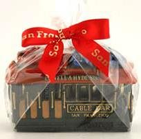 (68 6/18) CM San Francisco Christmas Cable Car With Ghirardelli Chocolate Squares (4) 4 Inch Poly Car San Francisco Chocolate With Copyrighted CA Bear -