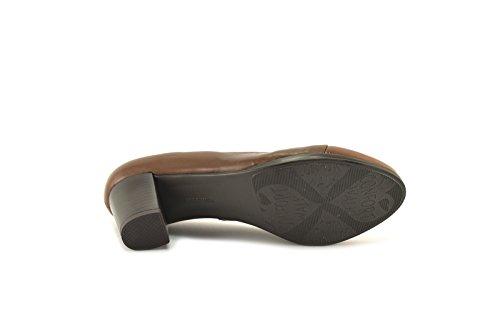 ConBuenPie by Desiree - New Collection - Zapato con tacón en piel en color Negro, Cuero y Taupe Cuero