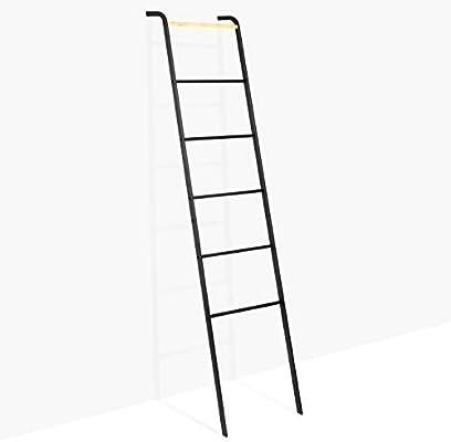 Brightech – Escalera decorativa Mila – Accesorio de metal y madera ...