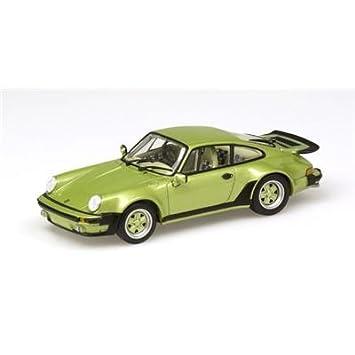 Minichamps 430069005 - Verde 1977 Porsche 911 Turbo