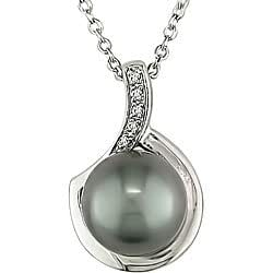 Sterling Silver Black Pearl and Diamond Necklace (9-10 mm)