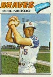 1977 Topps Baseball Card #615 Phil Niekro