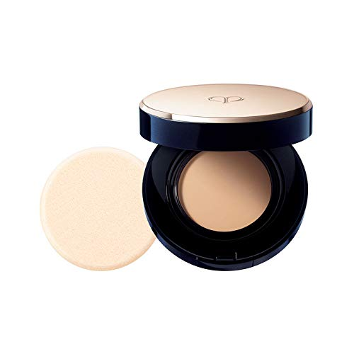 CLÉ DE PEAU BEAUTÉ Radiant Cream to Powder Foundation SPF 24 : Color O20 Light Ochre
