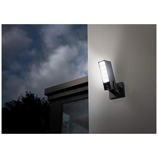 Netatmo Cámara de Vigilancia WIFI Exterior, Foco integrado, Detección de Movimientos, Visión Nocturna, Sin Costo Adicional, NOC01-EU (Presence)