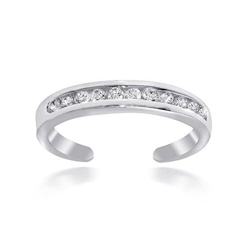 Hoops & Loops Sterling Silver Chanel Toe Ring by Hoops & Loops