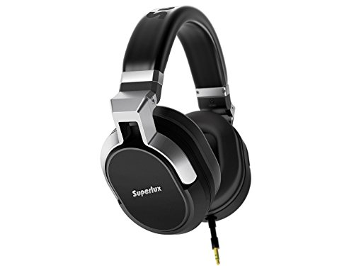 Superlux HD-685 High-Definition Closed-back Studio Headphones by Superlux