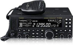 Yaesu Original FT-450D HF/50MHz Compact Amateur Base Transceiver - 100 Watts, IF DSP Technology by Yaesu