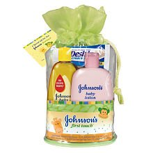 johnsons-first-touch-gift-set