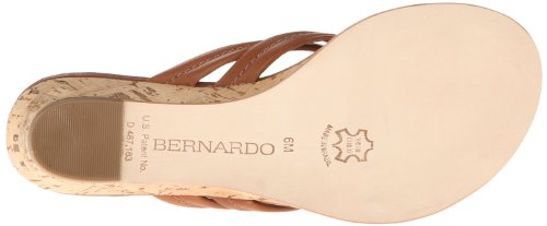 Bernardo Mujeres Miami Wedge Sandal Luggage