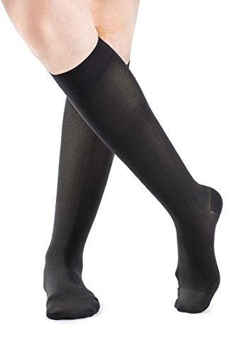 SIGVARIS Women's SOFT OPAQUE 840 Closed Toe Calf Compression Socks 20-30mmHg ()