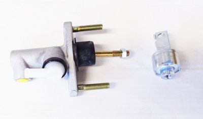 Hilux Vigo Mk6 2.5TD & 3.0TD Pick Up Clutch Master Cylinder -New 2005-On: