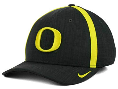 NCAA Oregon Ducks Flex Fit Medium/Large Hat Cap Best Fits Sizes 7 1/8-7 1/2 - Charcoal ()