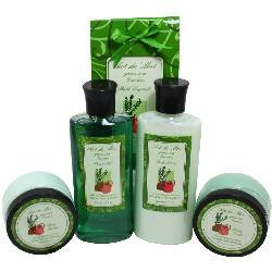 Green Tea Garden Spa Gift Set by Art de Moi, 5 Piece Kit with Shower Gel, Moisturizing Lotion, Soothing Bath Salts, Body Scrub, and Body Butter Pamper your Garden Lovers Hand, Feet and Soul