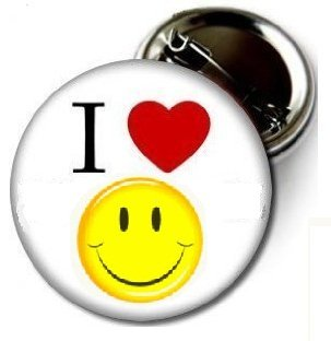 Pinback Love Button (I Love Smiley Face 1.5