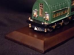 - Avon The Lionel Classic Train Collection: No. 381E Locomotive