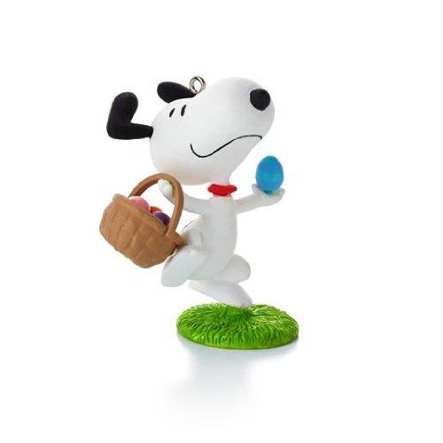 Hallmark It's the Easter Beagle Peanuts Series Ornament