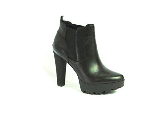 Scarpe Tronchetti Donna Guess Mod. Clay Shootie Leather FL6CLYLEA09 Col. Nero.
