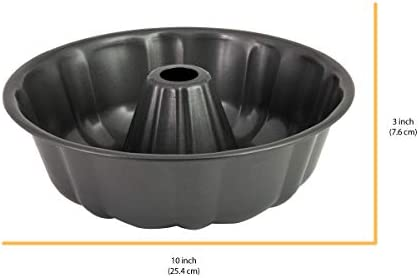 Amazon Com Chicago Metallic Nonstick Fluted Cake Pan 10 Inch Gray Kitchen Dining