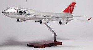 Daron Worldwide Trading G9410 B747-400 Northwest New Scheme 1/100 AIRCRAFT