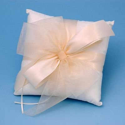 Beverly Clark Tres Beau Ring Pillow - Ivory