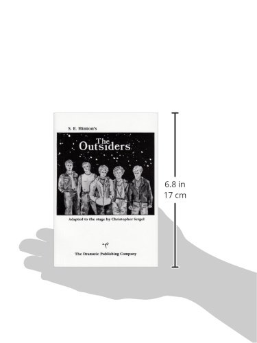 Amazon the outsiders a full lenth play in two acts amazon the outsiders a full lenth play in two acts 9780871292773 drama adapted by christopher sergel from the book by se hinton books fandeluxe Images