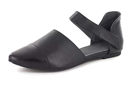 Chocolat Blu Gaia Flat - Women's Leather/Suede Shoes Black Leather 6.5 ()