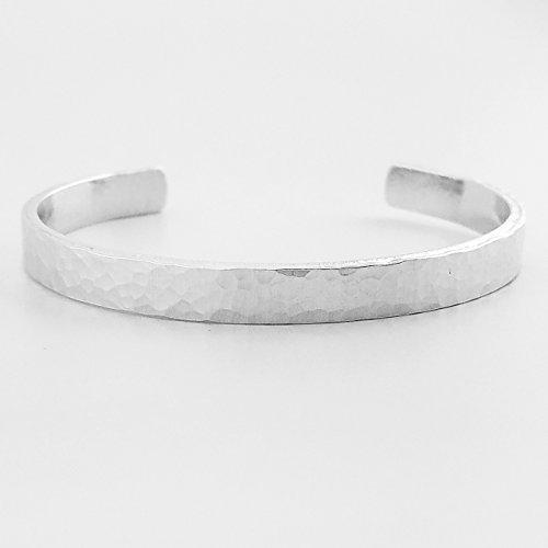 (Traditional Hammer Textured Skinny Aluminum Cuff Bracelet)