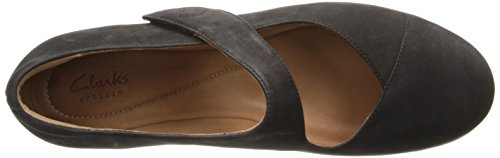 Clarks Womens Aubria Muse Mary Jane Flat Black