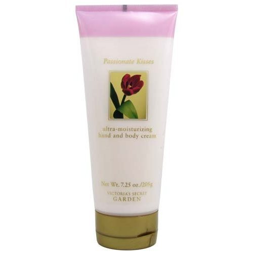 rden Passionate Kisses Ultra Moisturizing Hand and Body Cream 7.25 oz (205 g) ()