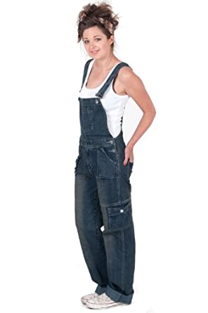 Check out dungarees from fashion brands that include New Look, MISS SELFRIDGE, Pepe Jeans, Superdry and Billabong. For unlimited one-day delivery and exclusive previews of the latest dungaree designs we have available, subscribe today to Amazon Prime.