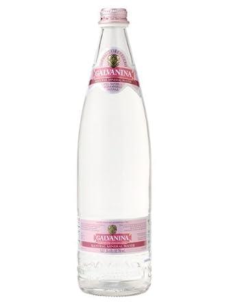 Galvanina (garuvanina) nachurare non-carbonated Vaso de agua ...