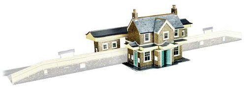 Superquick Country Station Building - 1/72 OO/HO - Card Model Kit