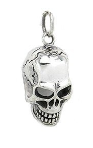 Sterling Silver Skull Pendants Solid sterling silver skull pendant necklace heavy unusual solid sterling silver skull pendant necklace heavy unusual gothic style 8 grams audiocablefo