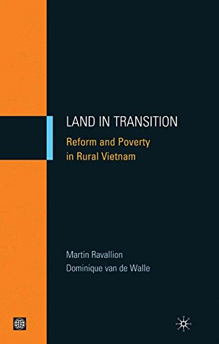 Land in Transition: Reform and Poverty in Rural Vietnam (Hardcover) (Equity and Development) (Equity and Development Series) by World Bank Publications