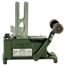 Stemming Machine - Green Pack Size: 1 by Syndicate Sales