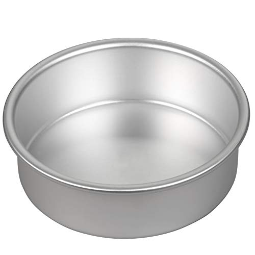(Wilton Performance Pans Aluminum Round Cake Pan, Create Delicious Cakes, Mouthwatering Quiches and More in this Durable, Even-Heating Pan, 6-Inch)