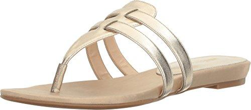 Nine West Women's Outside Light Gold Shoe