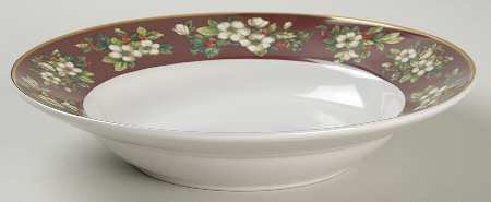 - SAKURA Splendor Burgundy SET/4 Coupe Cereal Soup Bowls ~ White Flowers, Holly On Burgundy~Discontinued 2004~ EXCELLENT/Mint Condition